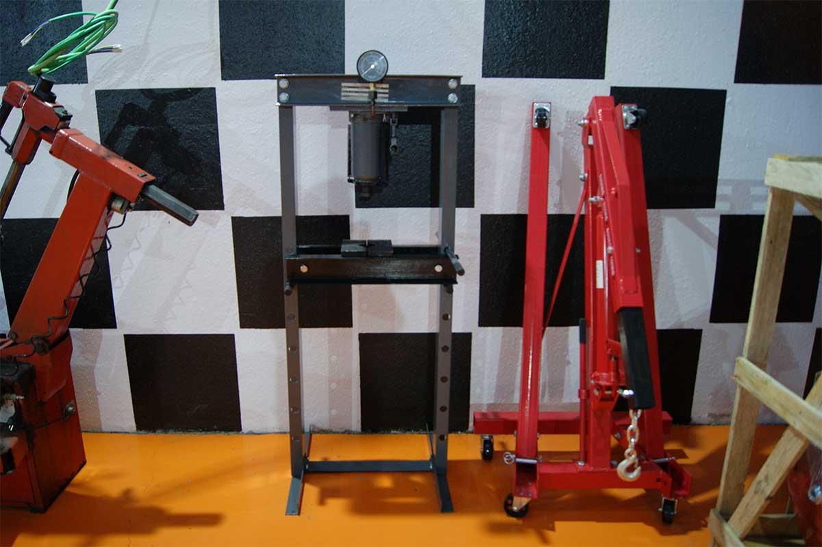 maquina pluma-prensa